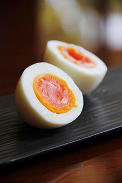ゆったりとした甘みが特徴のゆで卵