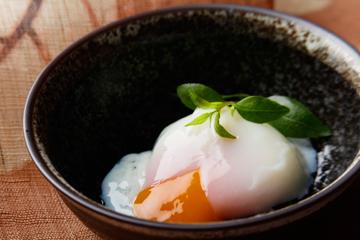 太陽卵温泉卵(だし付)